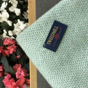 Tweedmill throws blankets