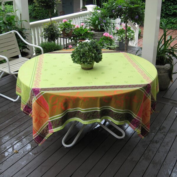 Le Cluny French Provence tablecloth