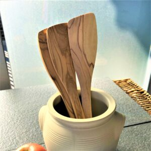 berard olive wood utensils metaphore european home