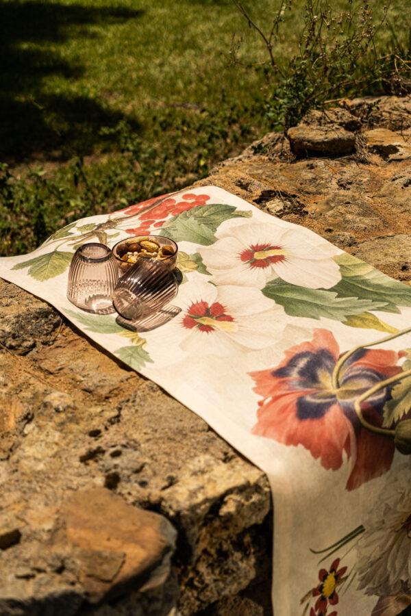 NapKing linen table runner Sicily metaphore european home