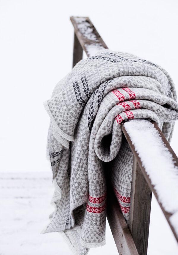 Lapuan Kankurit throws blankets Finland