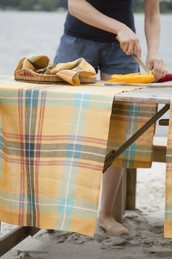 Libeco linen table runners
